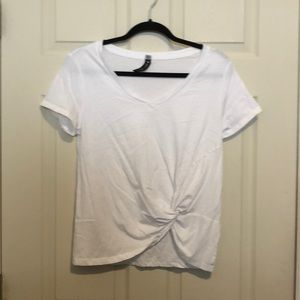 Design Lab White Cropped T-Shirt with front tie